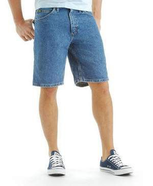 """Ironic Jean Shorts """"Actually Pretty Comfortable,"""" Reports AgingMillennial"""